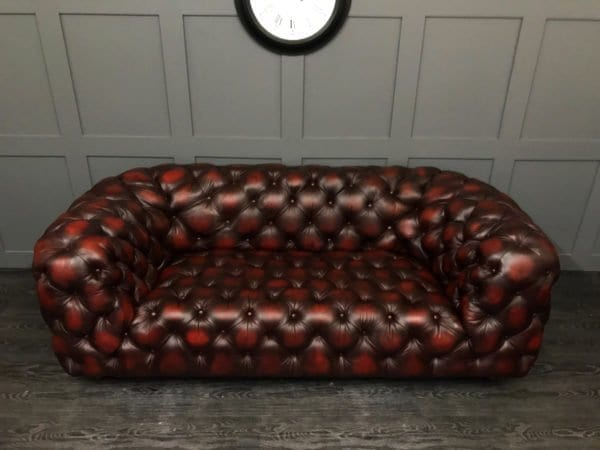Antique Oxblood Windsor Baxter Chester Moon Chesterfield Sofa Buttoned Seat