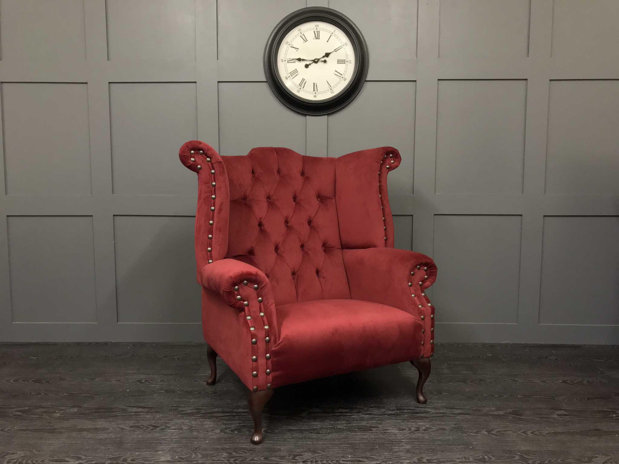 The Orpington - Plush velvet shiraz
